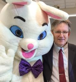 Easter bunny crop 600p